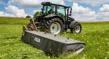 Agricultural application with iglidur plain bearings